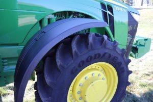 2013 John Deere 8285R 20