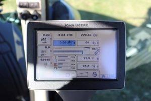 2013 John Deere 8285R 41