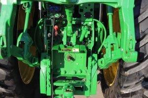 2015 John Deere 7210R 7